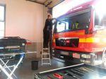 Austausch der Windschutzscheibe bei einem LKW im Autoglas Zentrum Landsberg